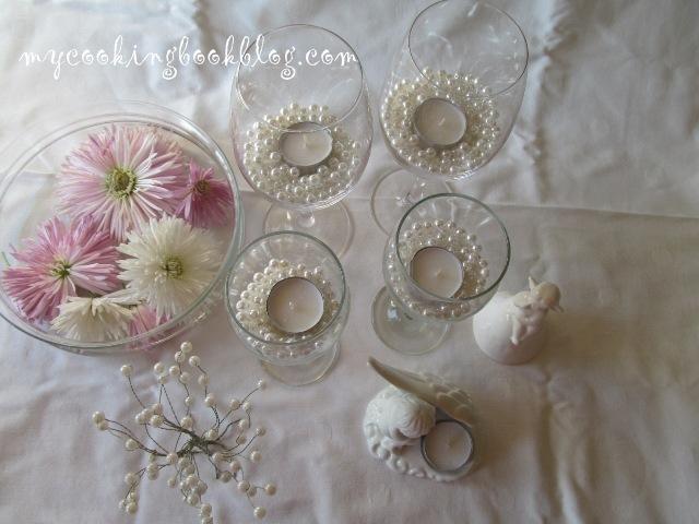 Свещници в чаши с перли и с диаманти