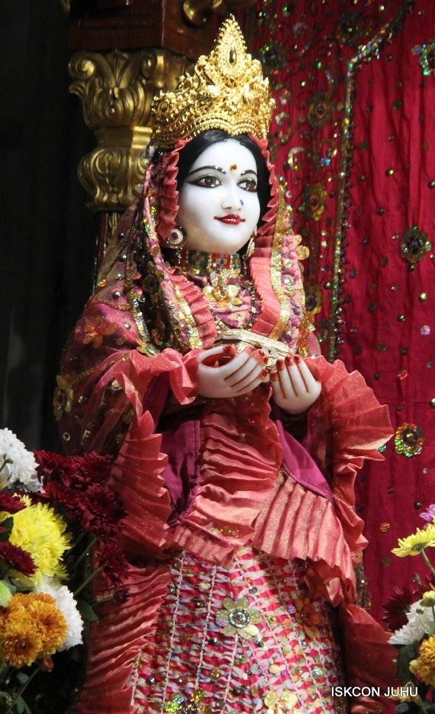 ISKCON Juhu Mangal Deity Darshan 11 Jan 2016  (16)