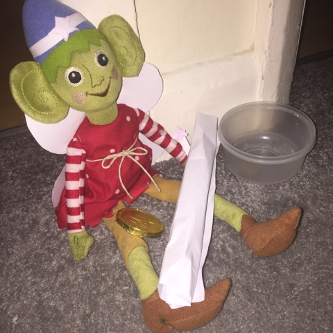 elf on the shelf being tooth fairy