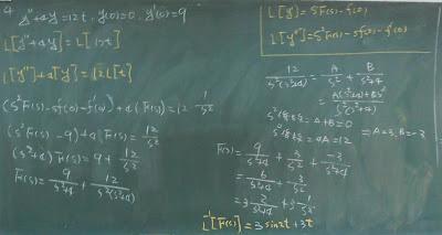 用拉氏轉換解二階微分方程式