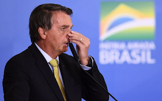 Oposição aponta confissão de prevaricação em fala de Bolsonaro no RS