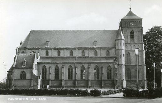 Pannerden189 kerk begin jr 70.jpg