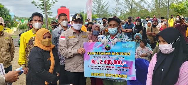 Agenda 100 Hari, 4 Kecamatan Terima Bantuan Bupati Kotabaru