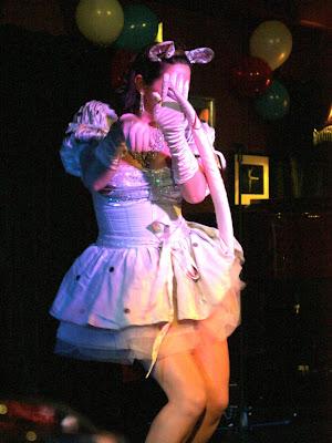 Singer at Volupte cabaret show in London