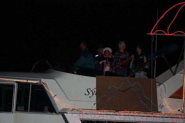 2009 Christmas Boat Parade - IMG_2734.JPG