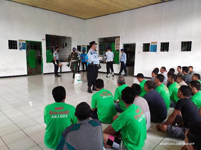 BNNK Balangan Ikut Razia Warga Binaan di Barabai, Ada Apa?