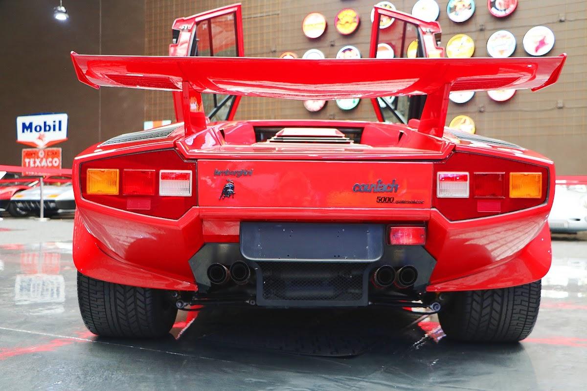 Lamborghini Countach (26).jpg