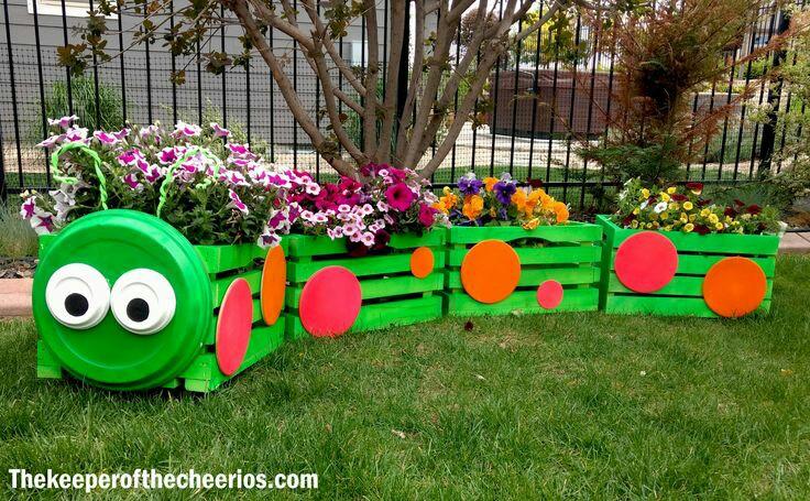 M s y m s manualidades original manera de decorar tu for Adornos de jardin en madera