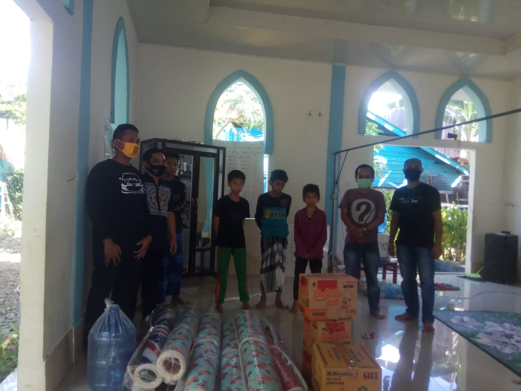Komunitas Car Slow Soppeng Laksanakan Grebek Panti di Pesantren Hidayahtullah Salonro