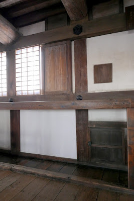 Both the third and fourth floors of Himeji Castle have platforms situated at the north and south windows called stone-throwing platforms where defenders could observe or throw objects at attackers. They also have small enclosed rooms called warrior hiding places where defenders could hide themselves and kill attackers by surprise as they entered the keep. Windows are also higher to provide ventilation for gun powder.