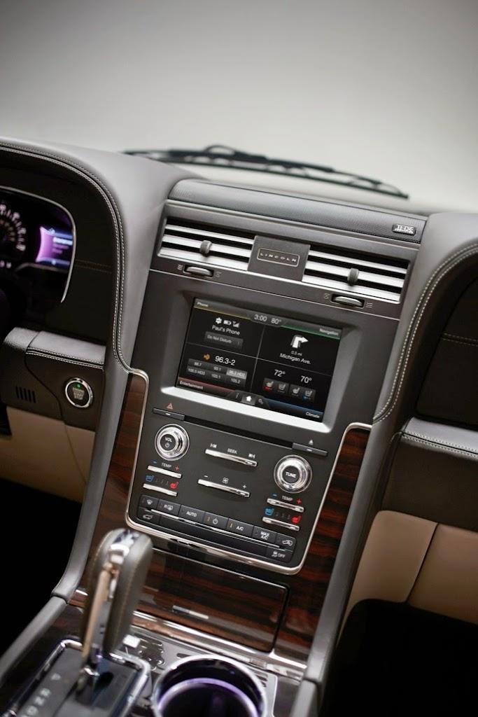 2015 Lincoln Navigator 18