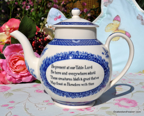 Wedgwood of Etruria & Barlaston 1940s Teapot