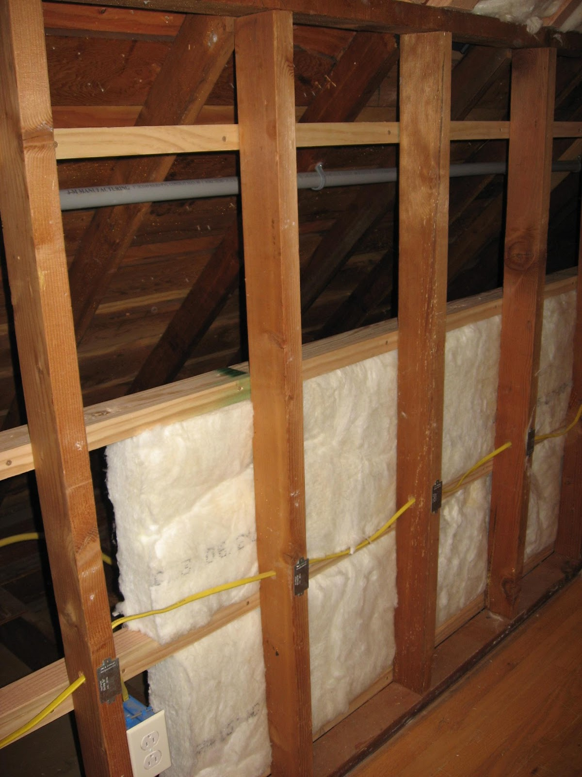 R30 attic walls phillip norman attic access for What insulation to use in 2x6 walls