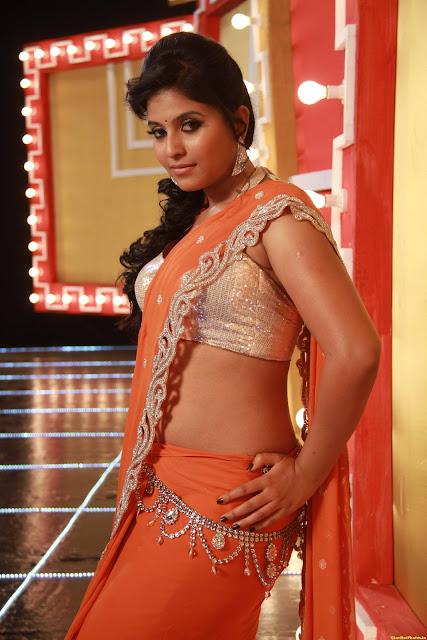 Anjali spicy tummy show
