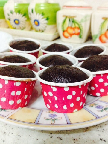 gambar cup cake coklat paling moist