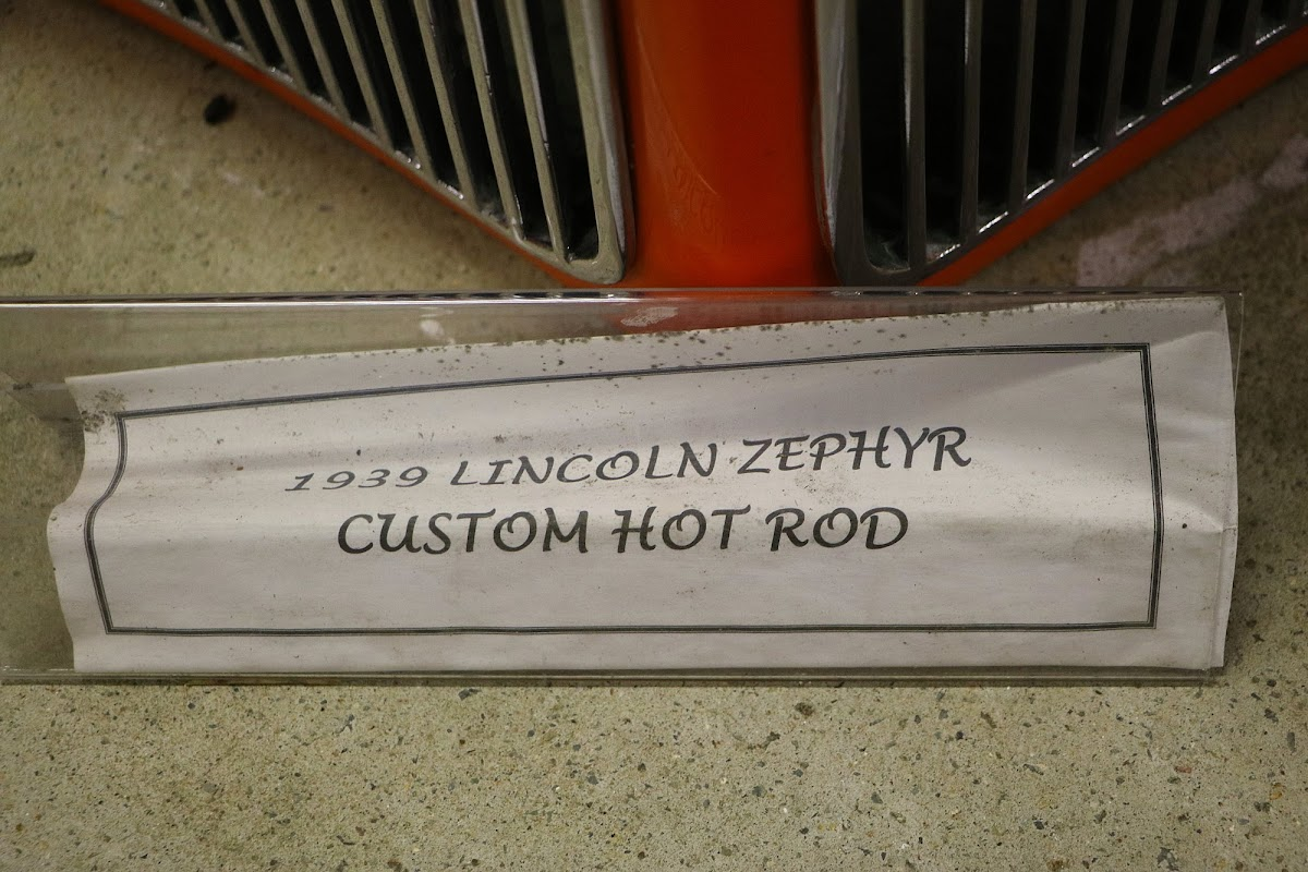 1939 Lincoln Zephyr Custom Hot Rod (01).jpg