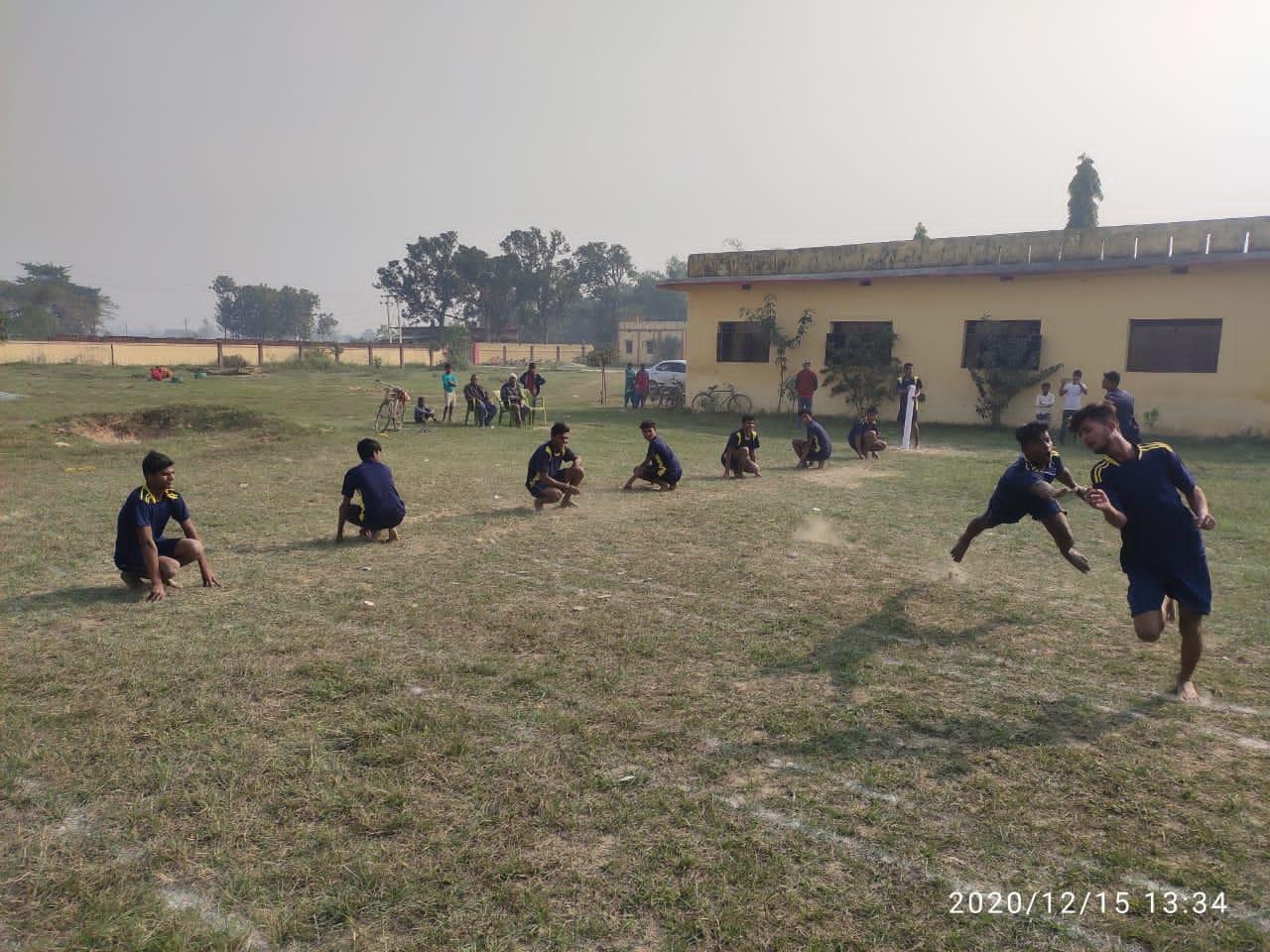 फिट इंडिया मूवमेंट में श्री सर्वजीत उच्च माध्यमिक विद्यालय भंडार के छात्र छात्राओ ने लिया भाग