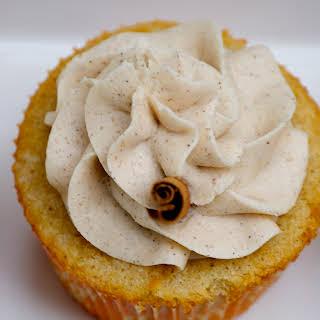 Vanilla Chai Cupcakes with Cinnamon Buttercream Frosting.