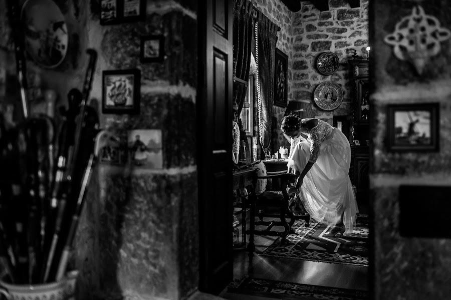 Wedding photographer Unai Perez (mandragorastudi). Photo of 01.12.2016