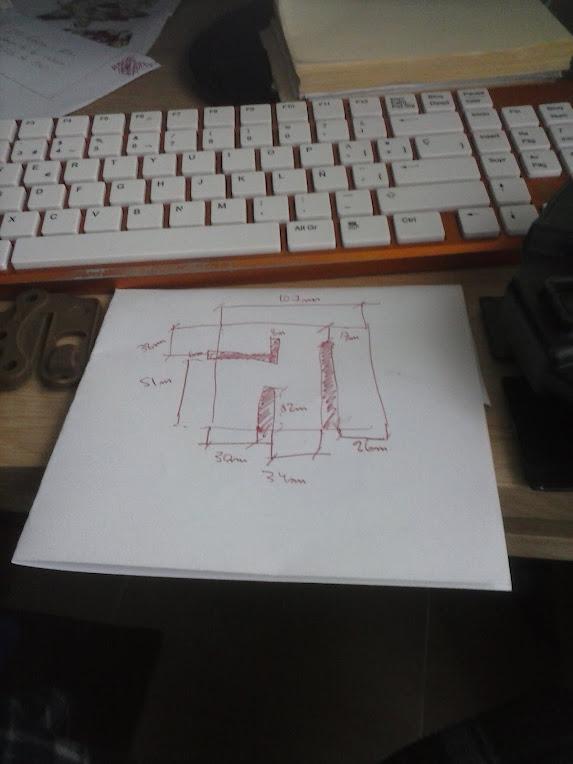 Plataforma molle casera para funda rígida CAM00165