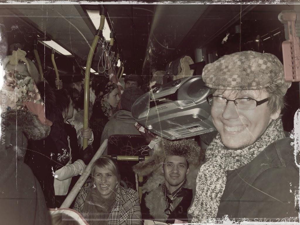 03.12.11 Kaadreid aegadetagusest viisaastakupeost - fotod pole küll hästi säilinud aga funk sama! - AS03DETS11KOLHOOS-010SM.jpg