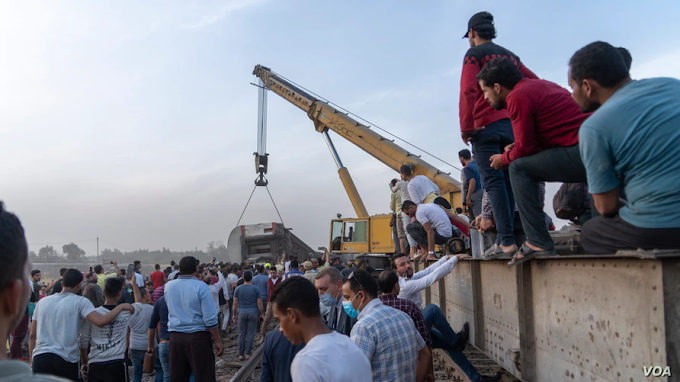 At Least 11 Killed And 100 Injured As Four Passenger Train Carriages Derail In Egypt (Photos)
