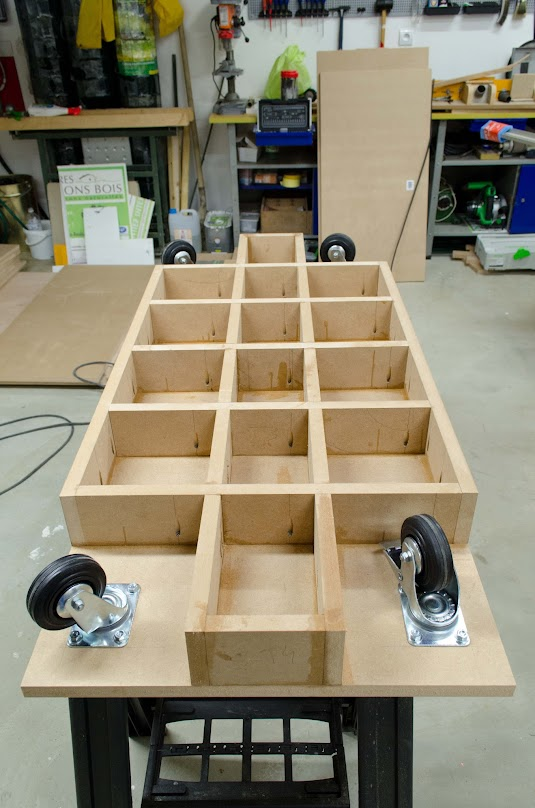 Table d'assemblage + porte systainer DIY [Terminé] - Page 2 _DSC2133