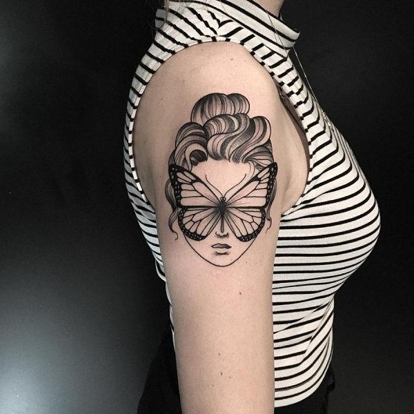 esta_muito_blackwork_tatuagem_de_borboleta