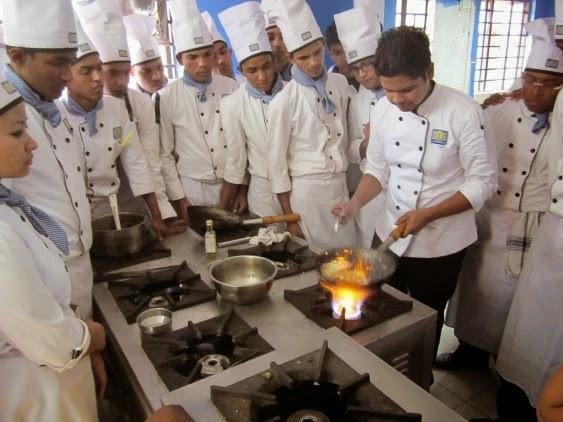Training, Practicals & Exams - Food%2BProduction%2Bclass%2Bby%2Bexpert%2BChef%2Bfrom%2BHyatt%252C%2BKolkata.JPG
