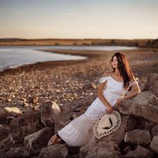 Wedding photographer Natalya Golovan (NataliSNV2007). Photo of 01.09.2016