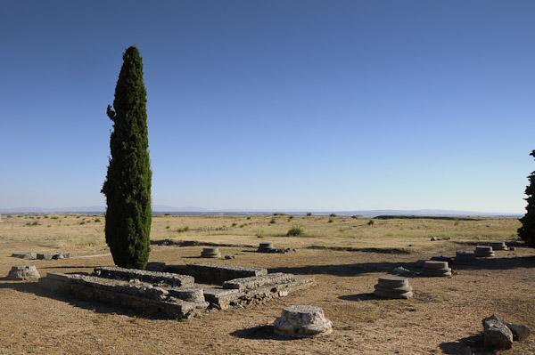Colonia Clunia Sulpicia - Basílica