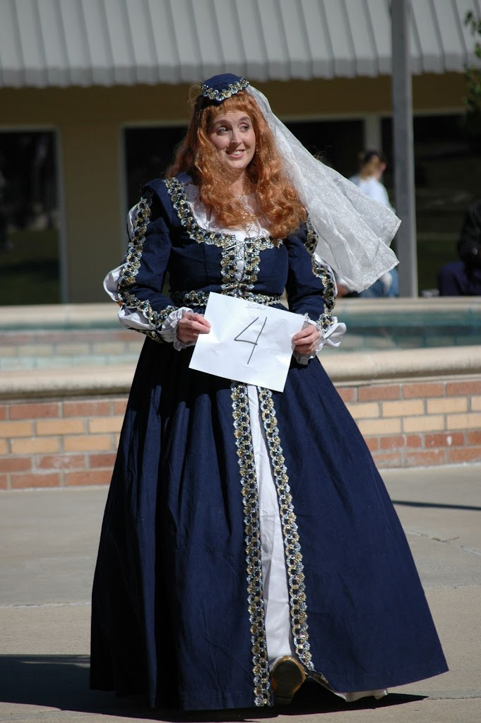 Halloween Costume Contest 2010 - DSC_0258.JPG