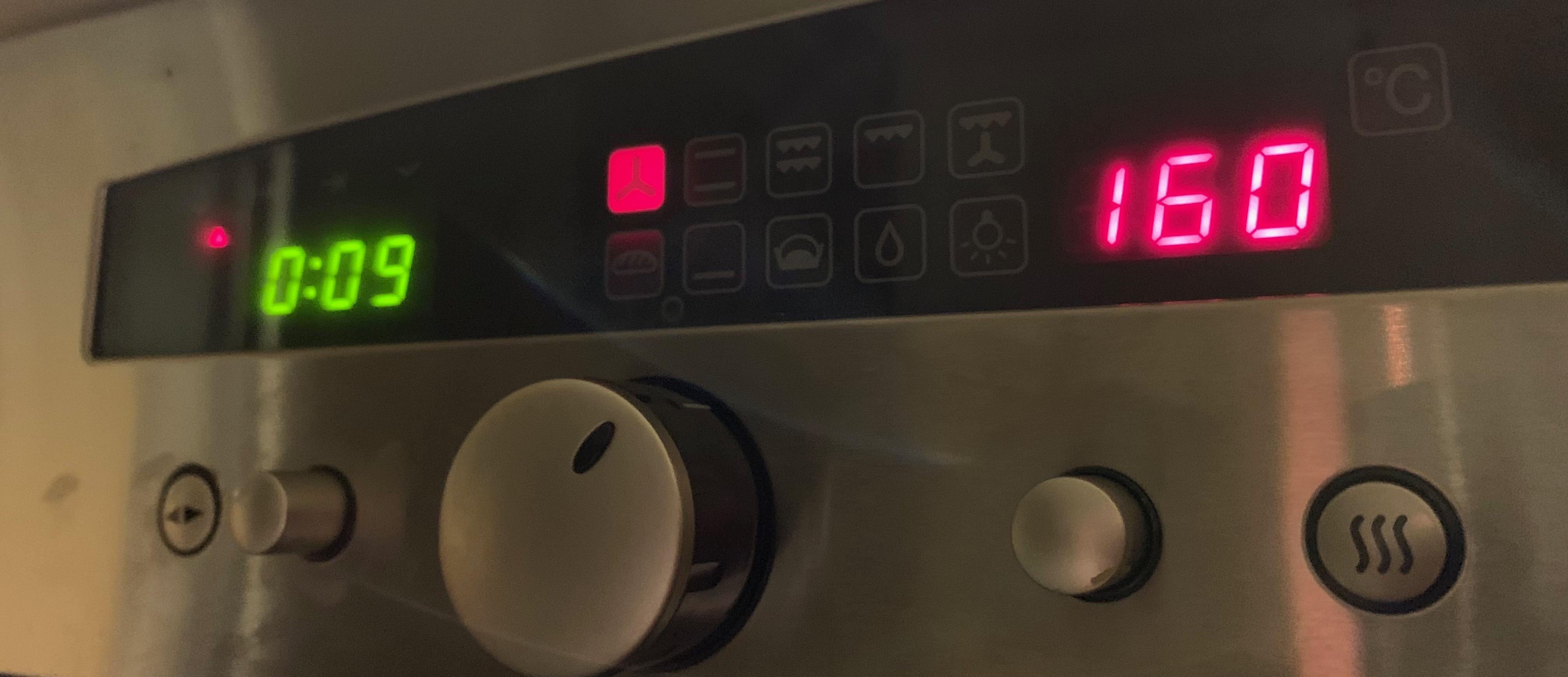 Bckofen vorheiten auf 160°C