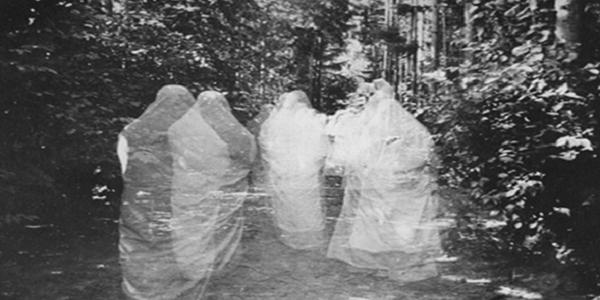 Tanda-Tanda Orang Yang Membela Hantu Raya.png
