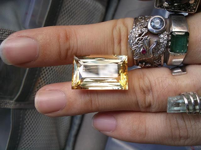Natural Tourmaline vàng, size to
