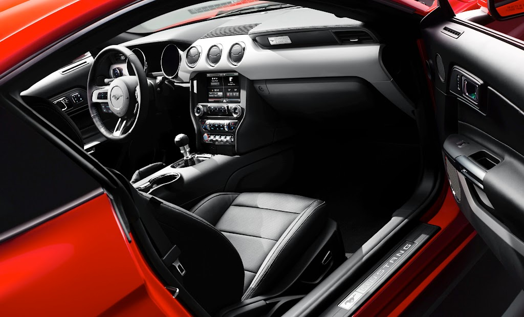 2015 Ford Mustang Interior 3