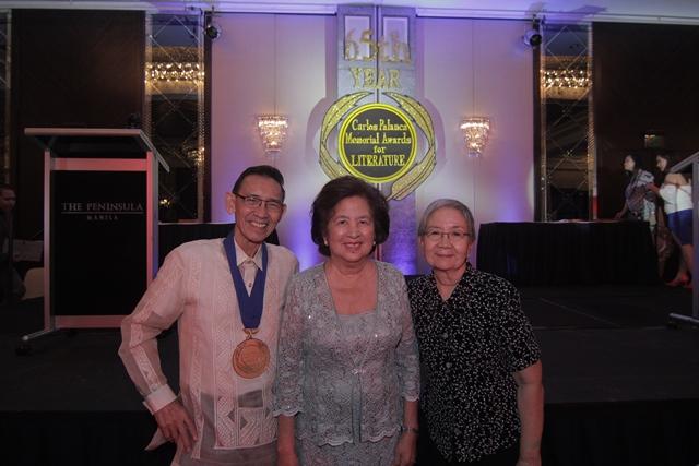 gemino abad at the carlos palanca awards