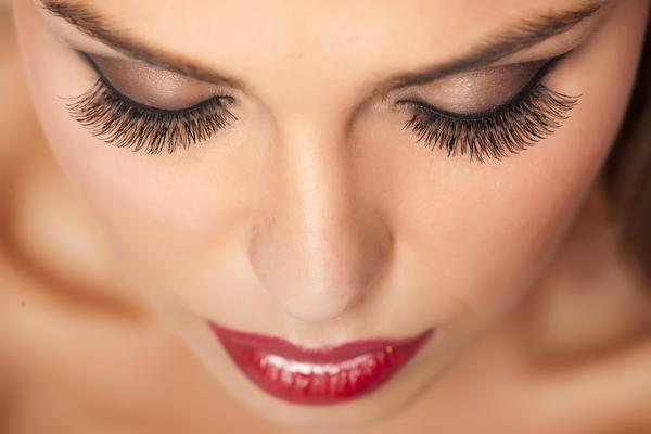 THE BEST EYELASHES FOR AMAZING WOMEN-DIFFERENT FACES 1
