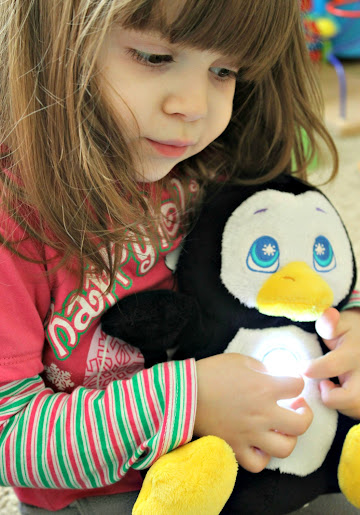 Idea Village Flashlight Friends - Penguin