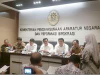 Menteri PANRB: Rekrutmen CPNS 2017 Tidak Secara Massal