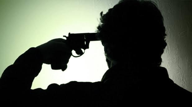 सीआरपीएफ जवान ने अपनी सर्विस रिवाल्वर से खुद को मारी गोली,मौके पर ही मौत