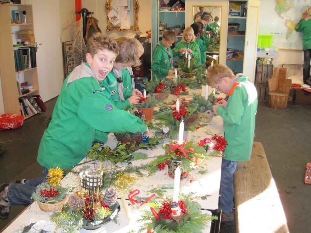 Welpen - Kerststukjes maken - IMG_0690.JPG