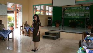 SMP N 1 Kebasen Dapat Suguhan Hukum Dari Tim JMS