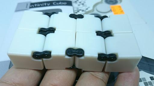 DSC 6038 thumb%255B3%255D - 【フィジェット/Fidget】次世代フィジェット「Fidget Infinity Cube (フィジェット・インフィニティ・キューブ)」&「ハンドフィジェットスピナー2種」レビュー。無限パワー!?