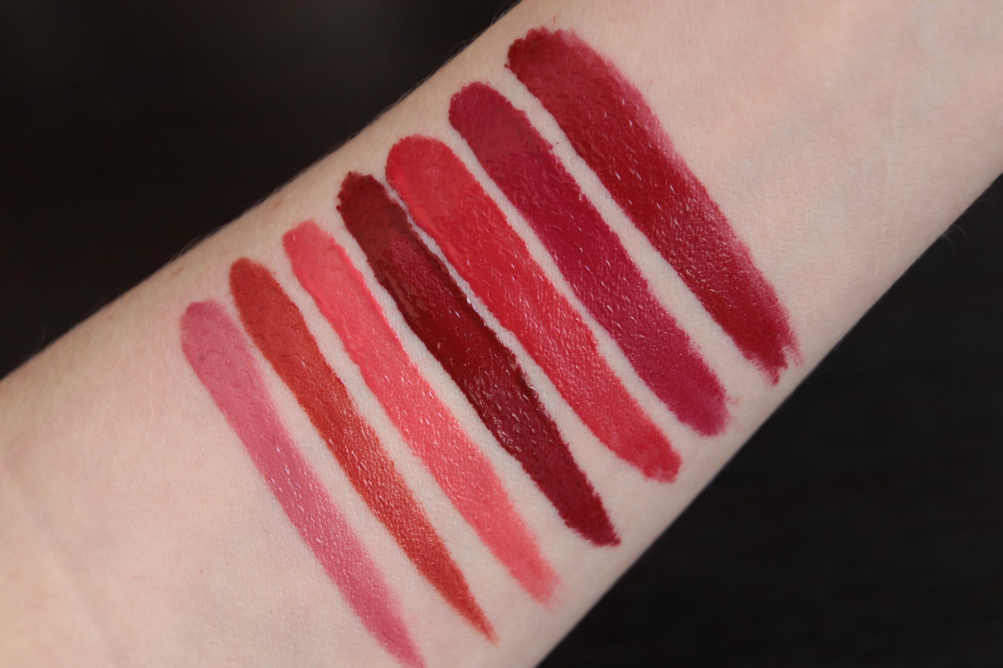 258-my-kiss-glow-219-eternal-rose-509-wild-kiss-520-love-bloom-521-kiss-to-say-775-poppy-kiss-809-flower-fever-819-corolla-rouge