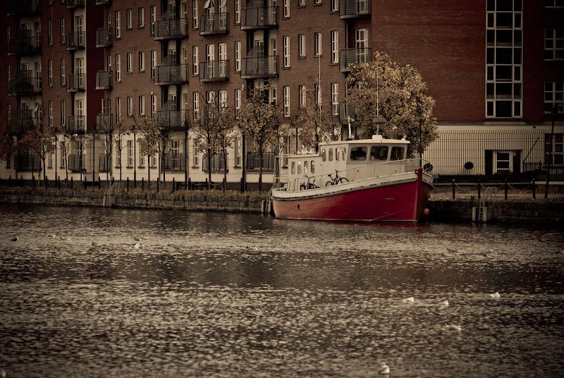 Dublin: Grand Canal Dock..