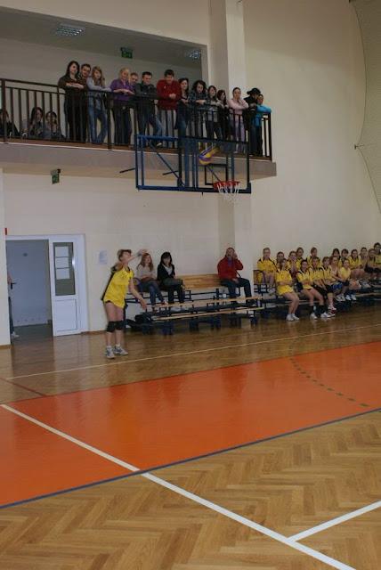 Zawody siatkarskie dziewczat 1 marca 2011 - DSC09315_1.JPG