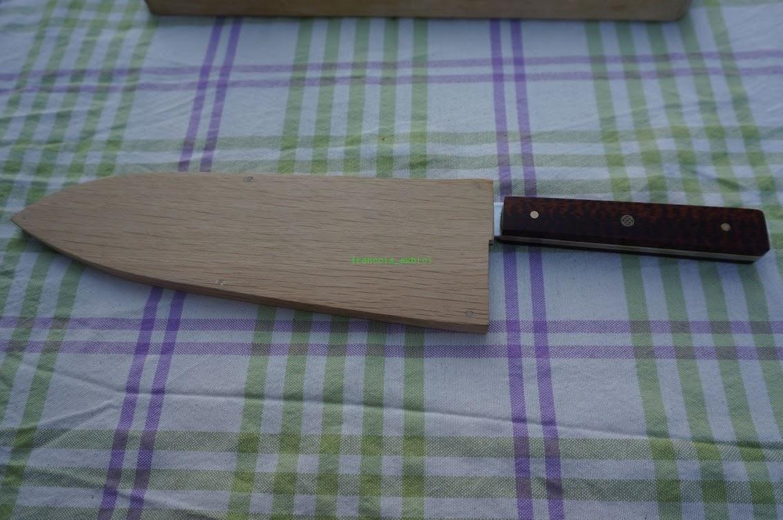 Un couteau de style japonais...