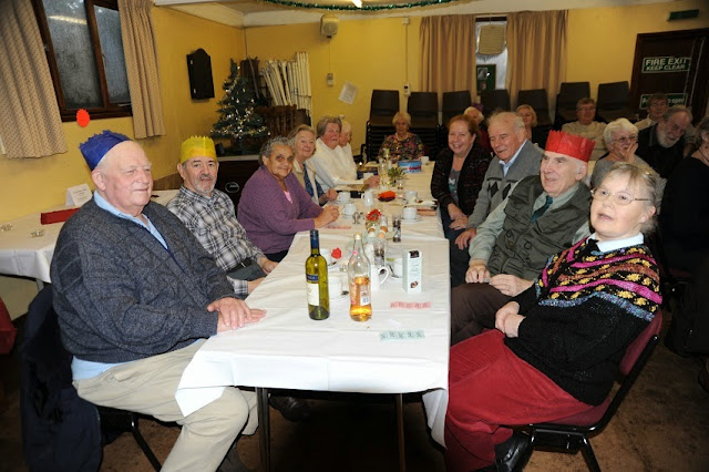 Pensioners Lunch 08-12-2013 - Lunch2013%2B%25285%2529.JPG