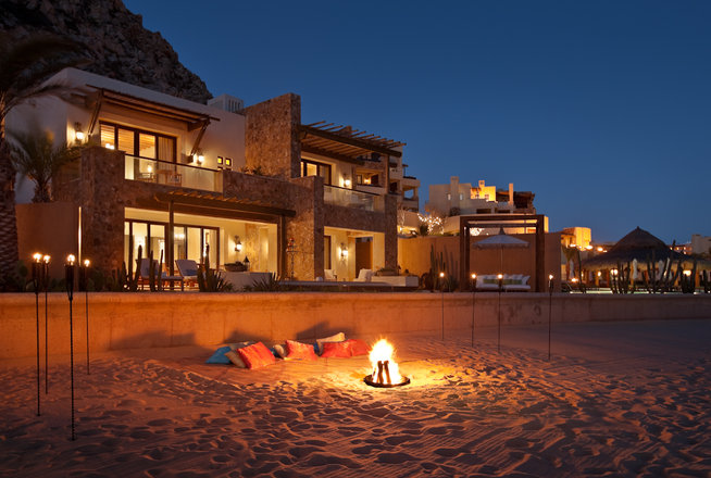 Beautifully seaside formerly chic coastal living for Pedregal cabo san lucas
